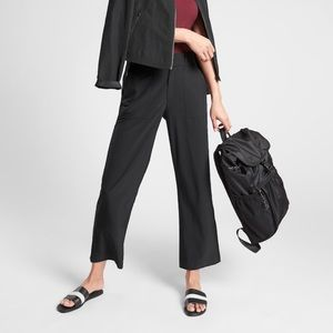 Athleta Tribeca Utility Crop Pant